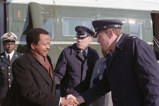 Paul Biya en 1984 cc Kenneth E. Noyes