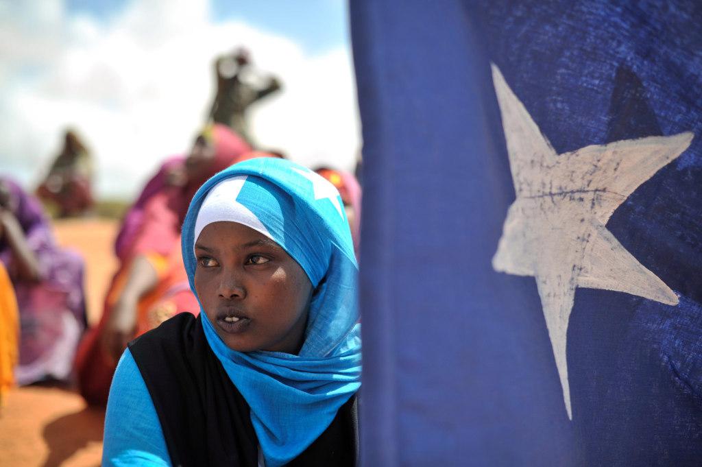 Jeune membre d'une milice locale en Somalie, en 2014 CC UN IST - Tobin Jone